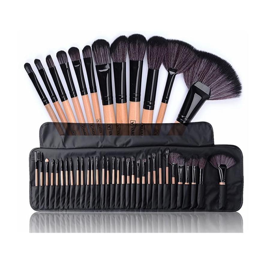 Set de 32 brochas de Maquillaje profesional. Incluye estuche. ENVIO GRATIS.