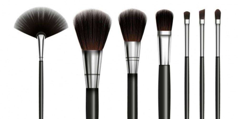 Arma tu kit de maquillaje: Tipos de brochas y pinceles y sus usos.