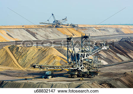 Picture of Opencast brown coal mining, Juchen, Germany u68832147.