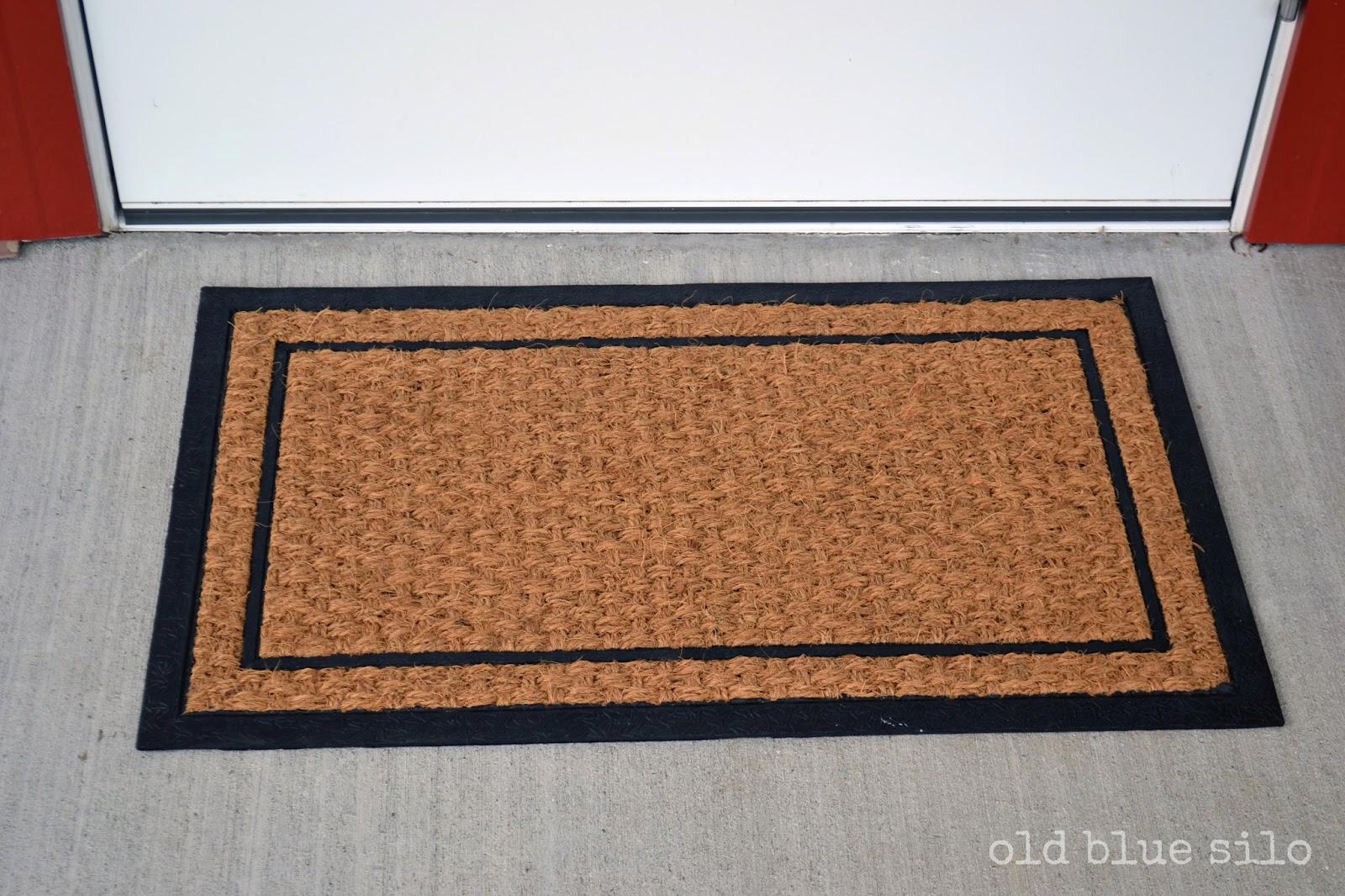 Door mat clipart.