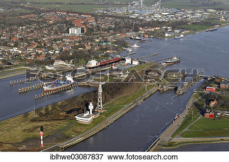 "Picture of ""Lock of the Kiel Canal, German: Nord."