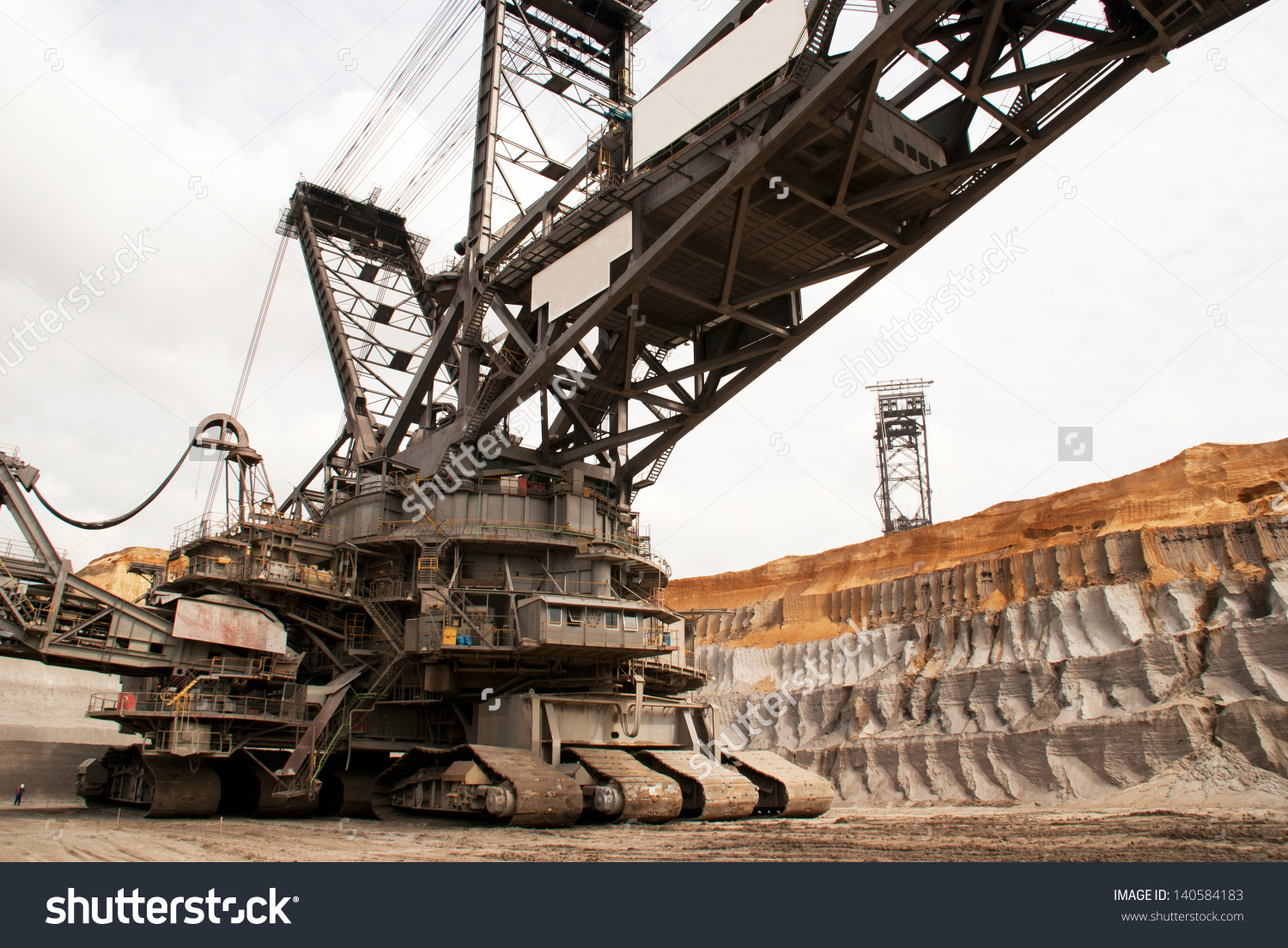 Giant Bucket Wheel Excavator Digging Lignite Stock Photo 140584183.