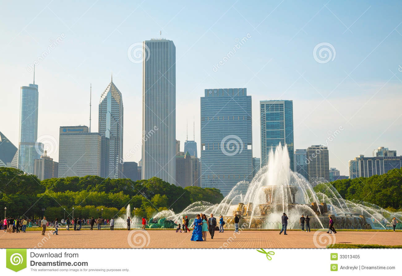 Buckingham Fountain In Chicago Downtown Stock Photo.
