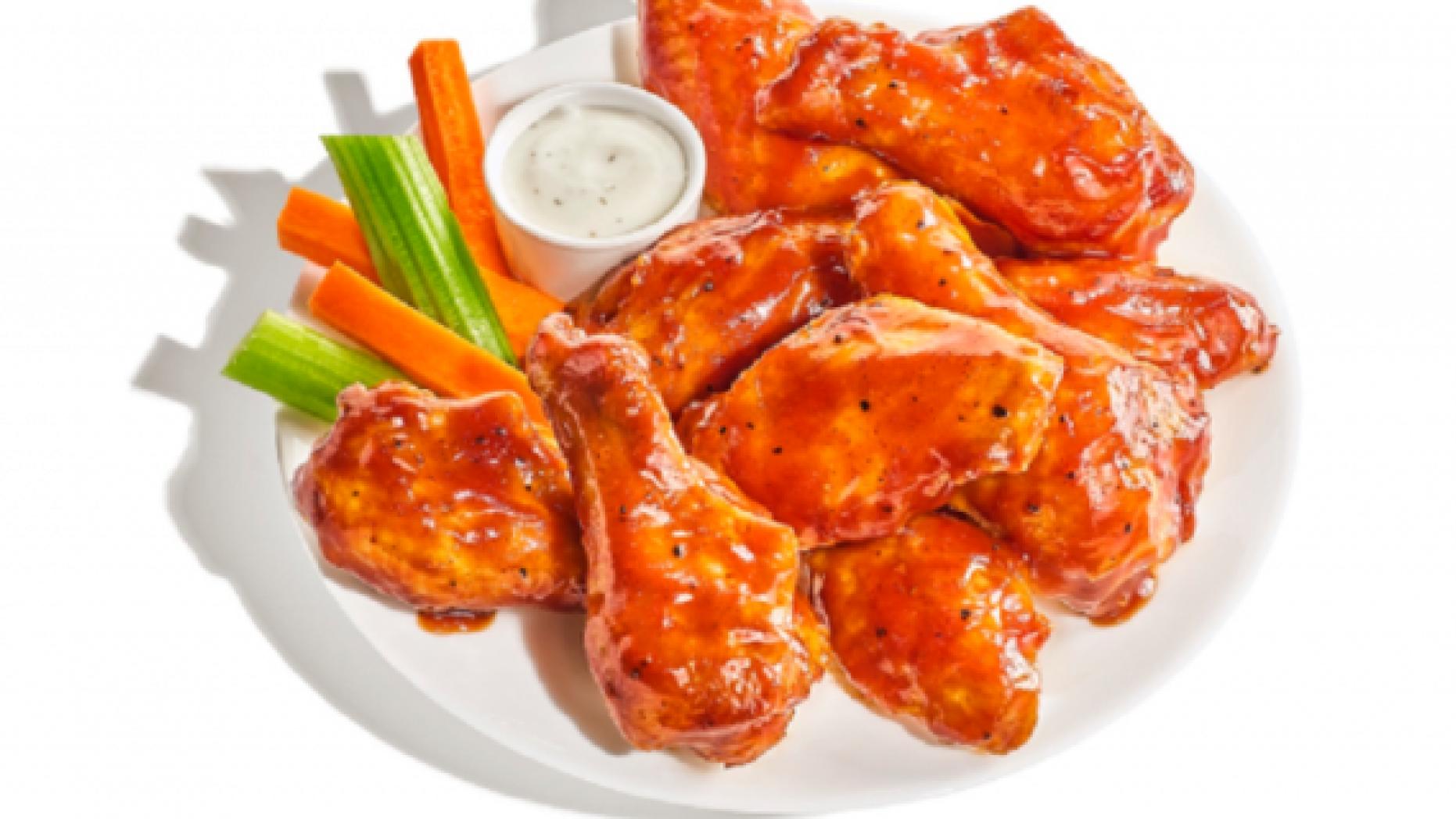 Buffalo Wild Wings releases pumpkin spice chicken wings, angers.