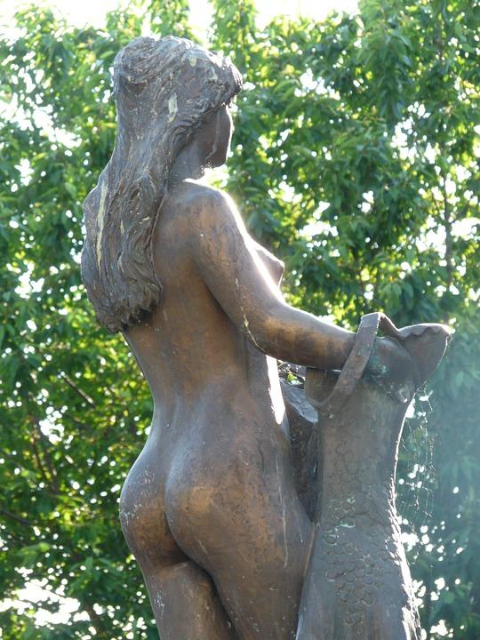 Free photo: Bullayer Brautrock, Statue, Woman.