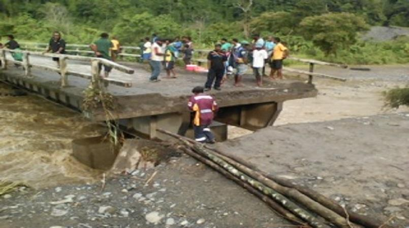 Bulolo road work needs immediate attention: Basil.