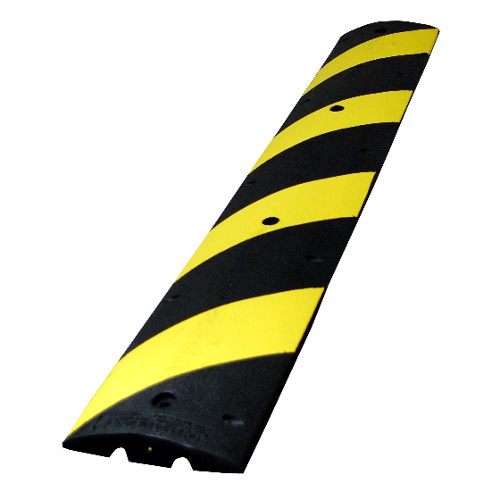 Reflective Rubber Speed Bump,Road Barriers & Safety.
