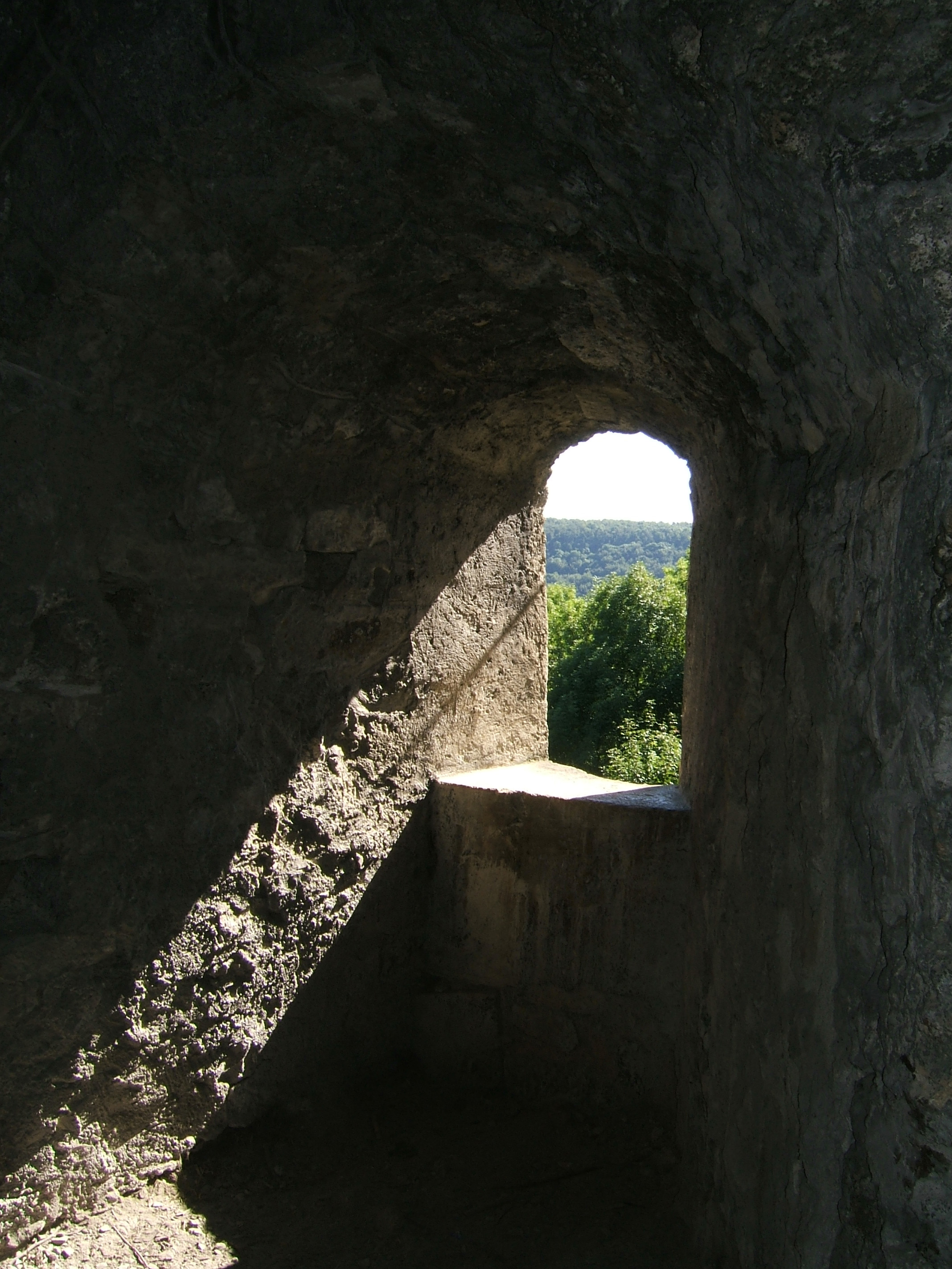 File:Burg Hohenurach 14 Lichtblick.jpg.