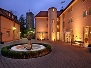 Informationen über das Golfhotel Burg Staufeneck?.