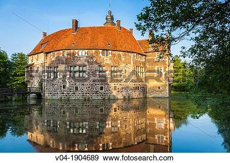 Stock Photograph of The moated castle of Vischering, Luedinghausen.