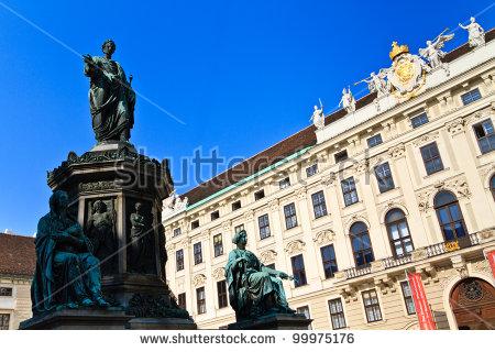 Hofburg Palace Stockfoto's, rechtenvrije afbeeldingen en vectoren.