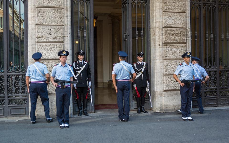 Free photo Carabinieri Italy Rome Honor Guard.