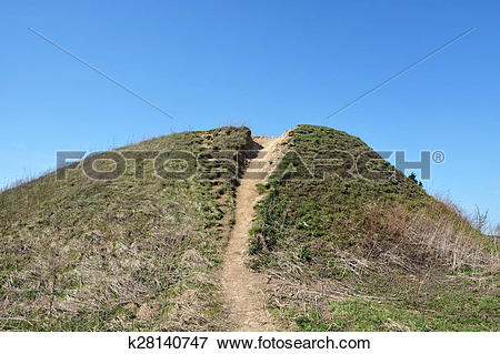 Picture of Burial mound.