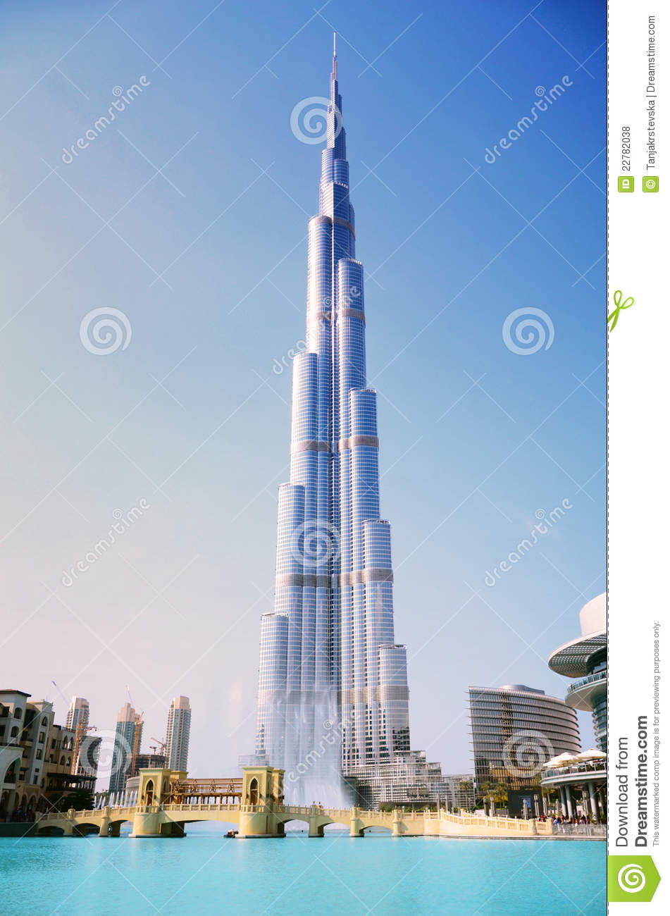 Burj Khalifa And Fountain, Dubai Editorial Stock Photo.
