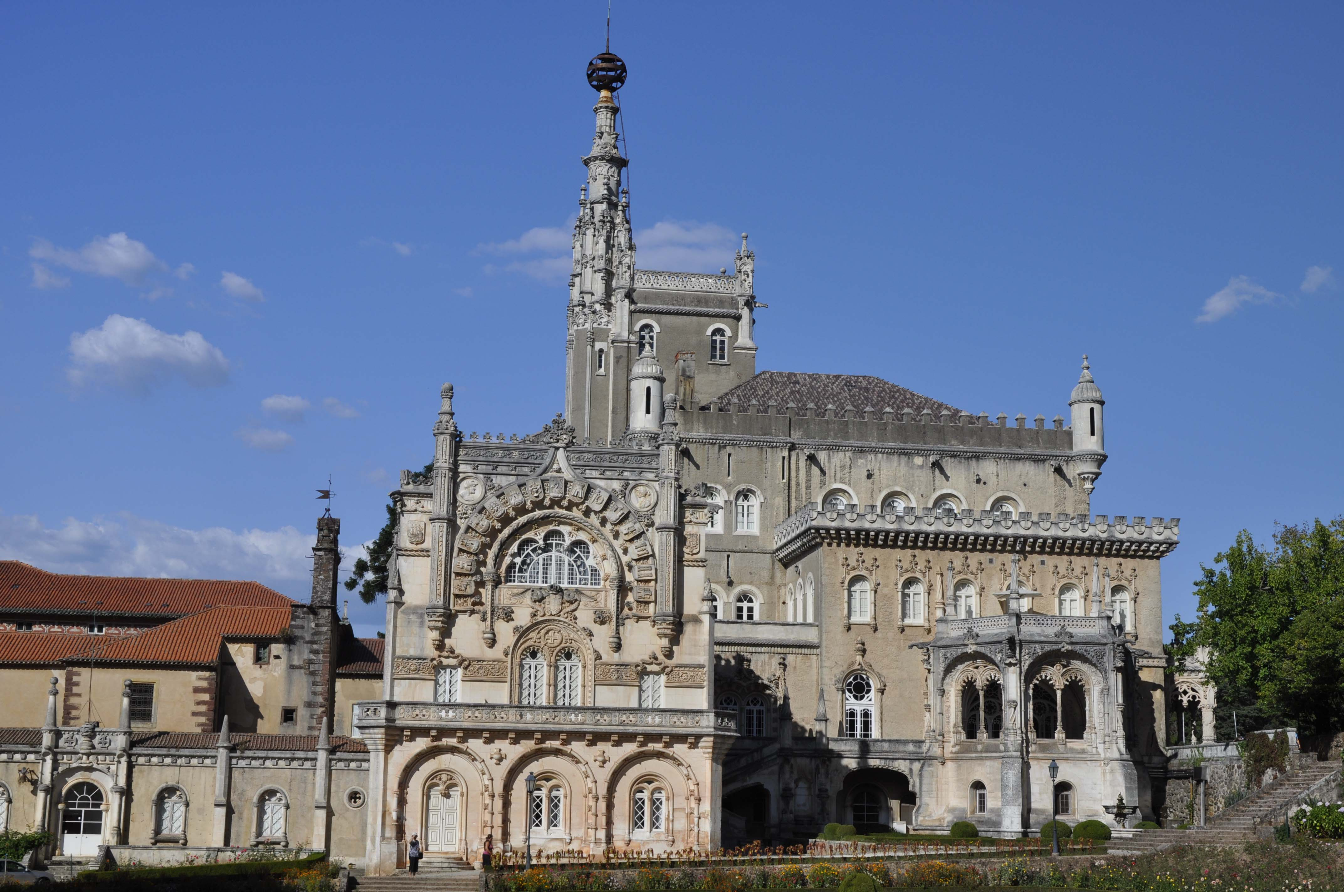 The hunting Lodge built for the last kings: Bussaco.