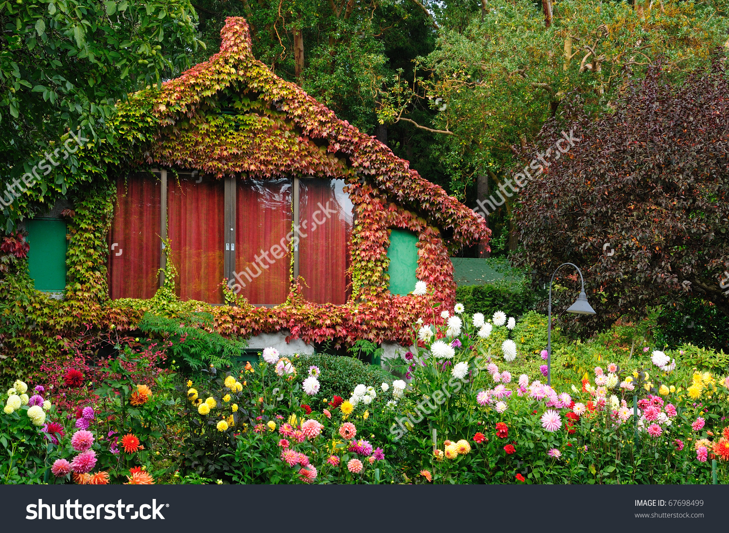 Vintage Garden House Butchart Gardens Victoria Stock Photo.