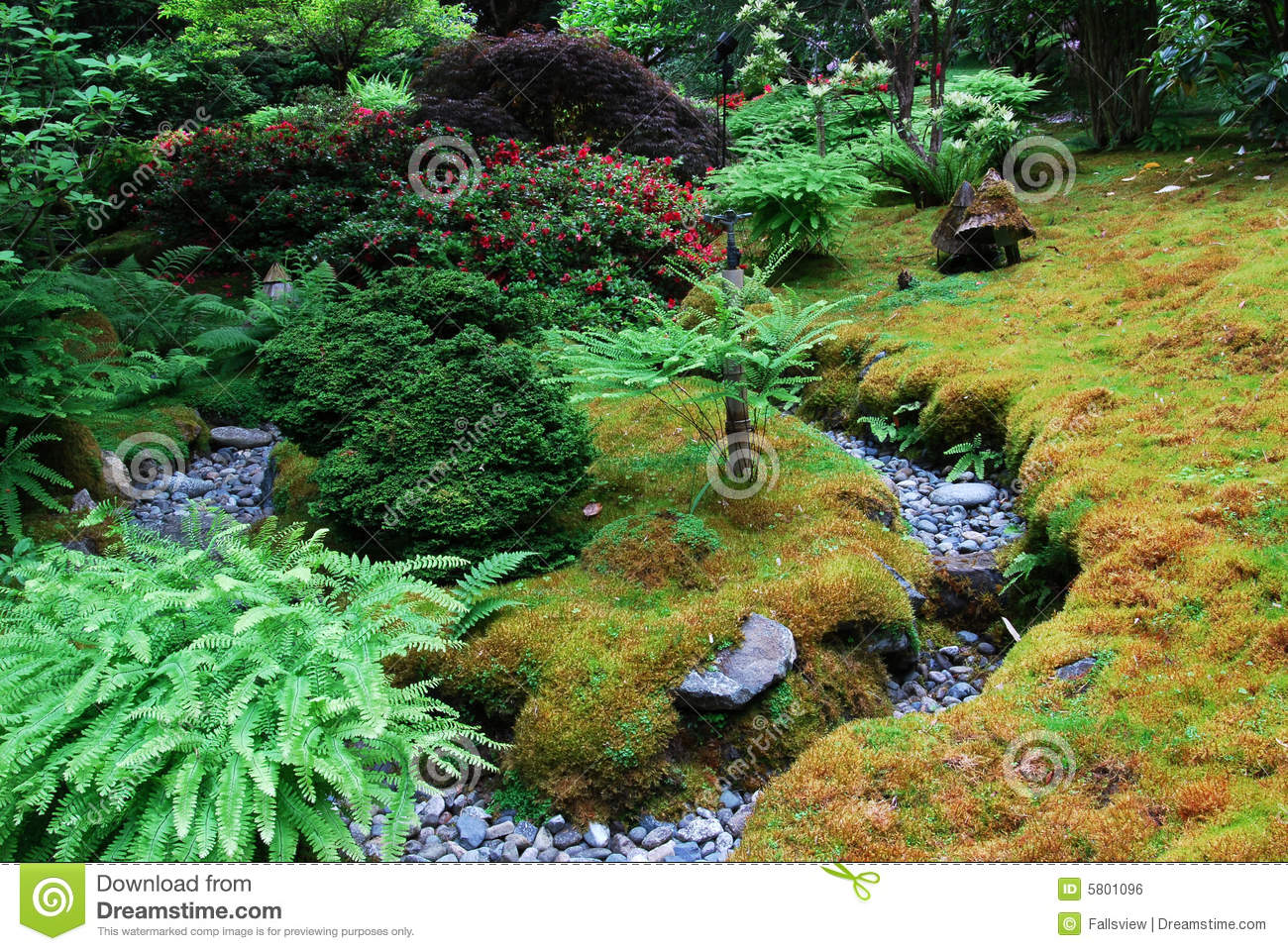 Japanese Garden In Butchart Gardens Royalty Free Stock Image.