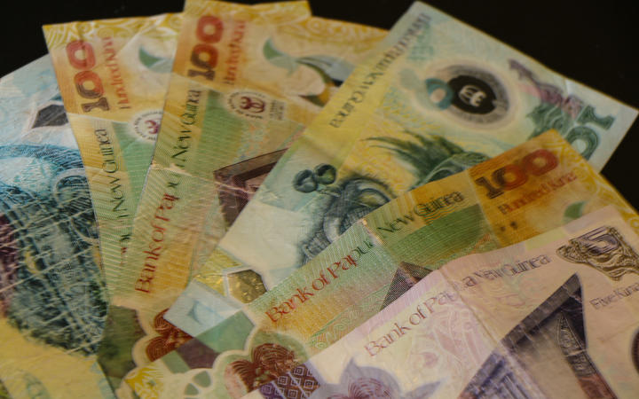 Overvalued kina blamed for lack of sustainable growth in PNG.
