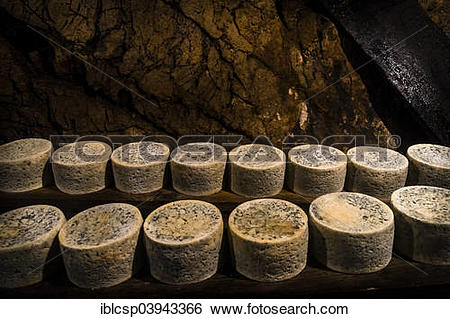 Stock Images of Queseria Rogelio Lopez Campo, Cabrales cheese.