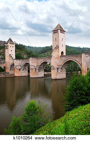 Stock Photo of Valentre bridge in Cahors France k1010264.