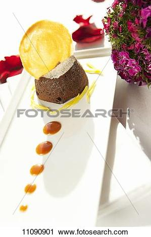 Stock Photography of Aot chocolate cake filling 11090901.