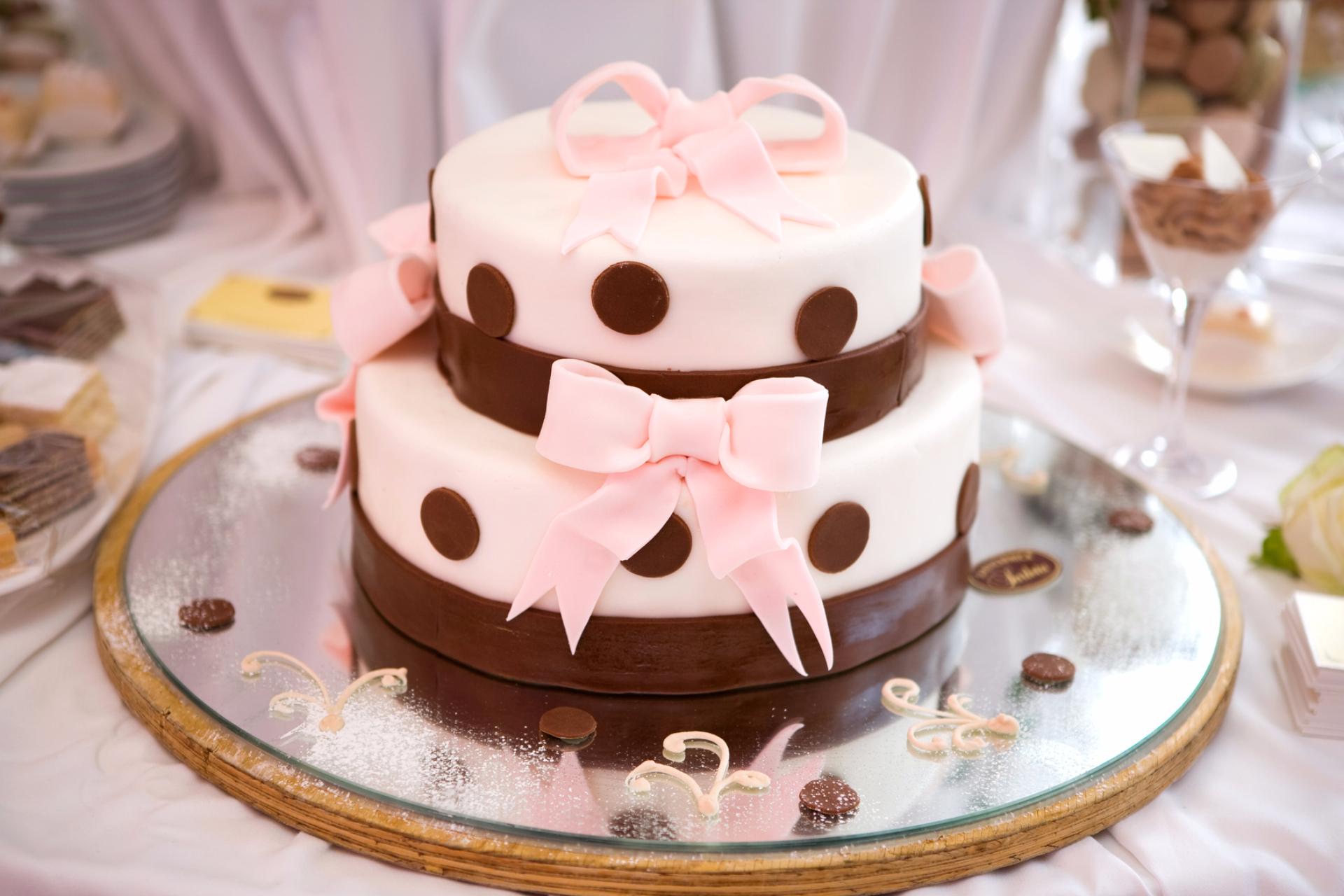 Wedding Cake : Wedding Cake Emoji Birthday Cakes For Children.