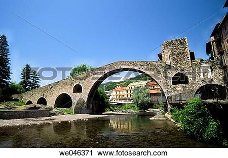 Stock Photography of Pont Nou (12th century) and Ter River.