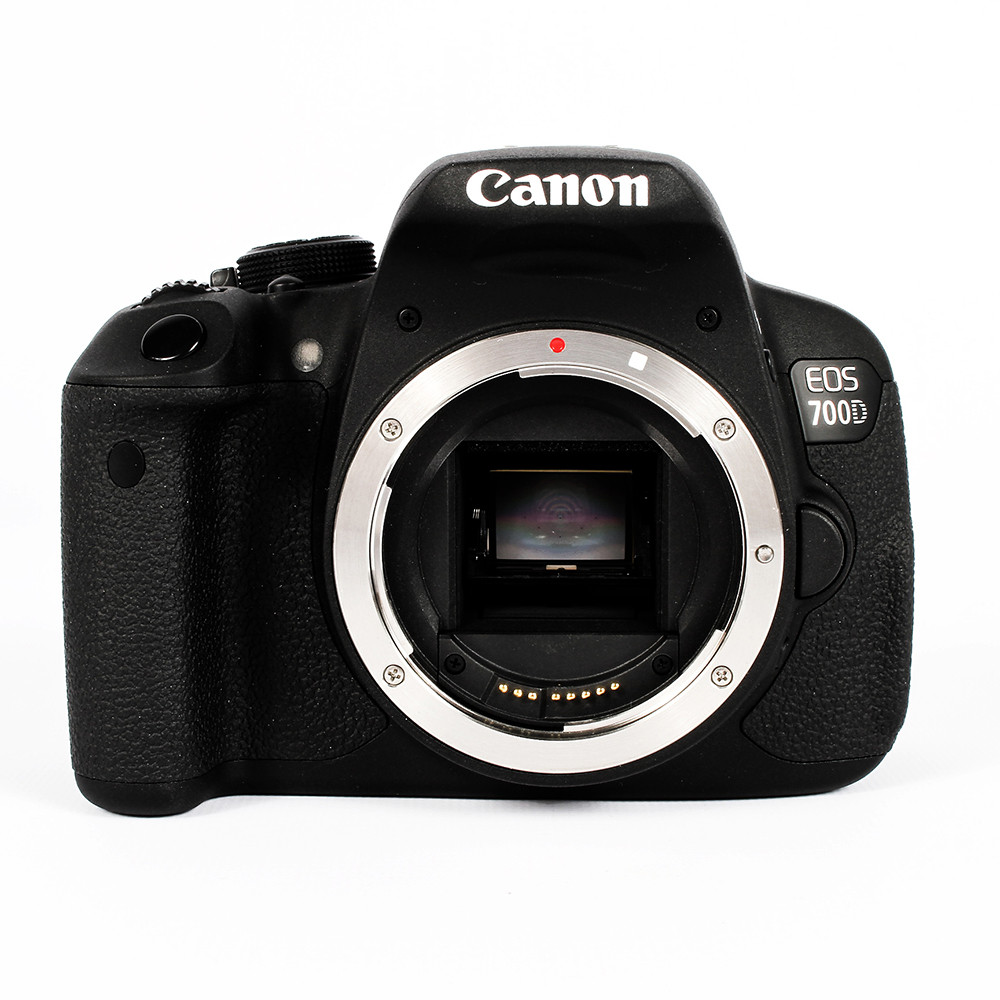 Canon EOS 700D (Euro Rebel T5I) Digital SLR Camera Body {18 M/P}.