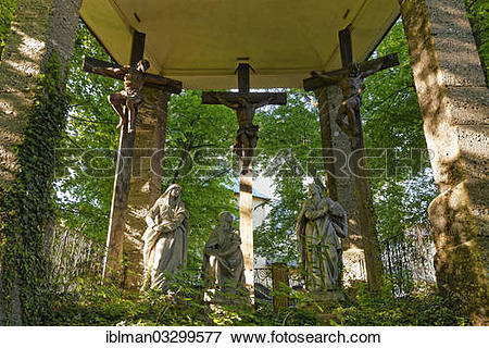 """Picture of """"Crucifixion group in front of the Capuchin Monastery."""