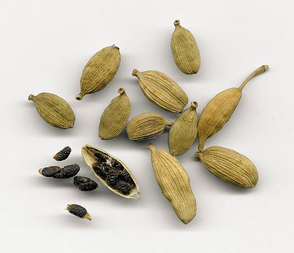 Cardamom Health Benefits and Cooking Uses.
