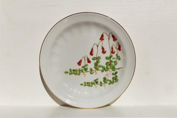 Vintage Small Plate Linnaea Borealis Carl Von Linne by SkySecrets.