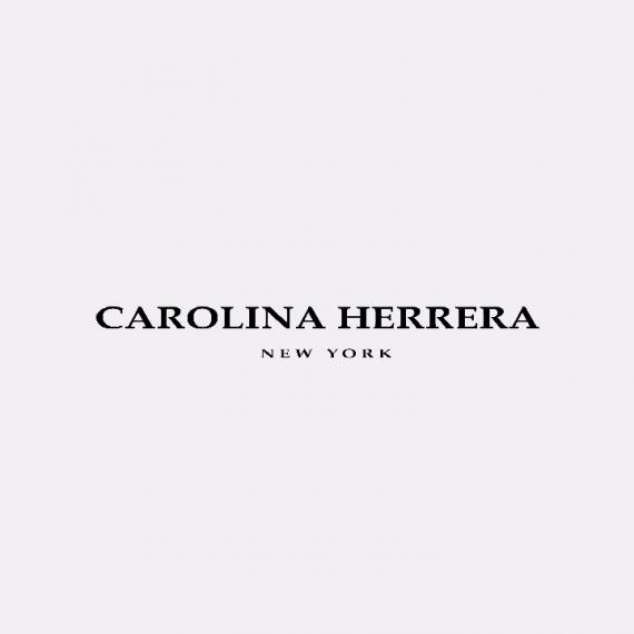 Carolina Herrera.