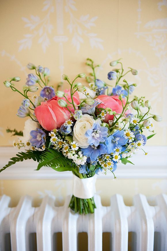 1000+ ideas about Flower Wall Wedding on Pinterest.