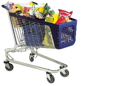 Higienização de carrinhos em supermercados.