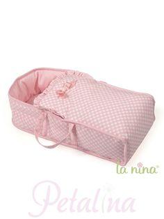 La Nina Amelia Baby Doll Large Carry Cot.