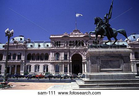 Stock Photography of Statue and Facade Casa Rosada Buenos Aires.