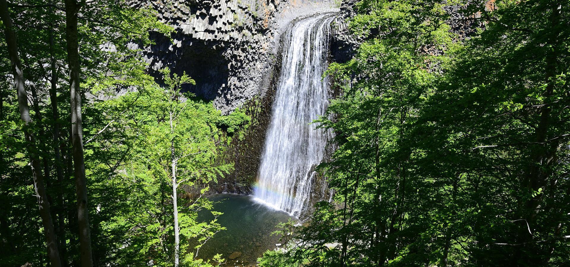 La cascade du Ray pic en Ardèche : découverte d'une cascade en.
