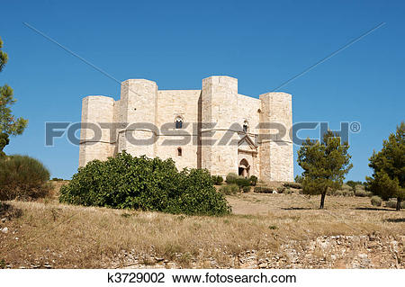 Stock Photo of Castel del Monte, Apulia k3729002.