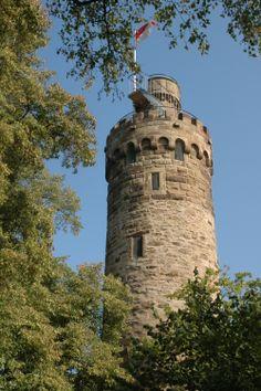 Burg Derneck in der Schwäbischen Alb im Tal der Großen Lauter.