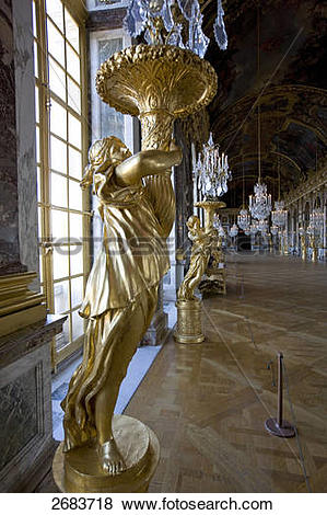 Pictures of Statues in glass gallery of castle, Hall of Mirrors.