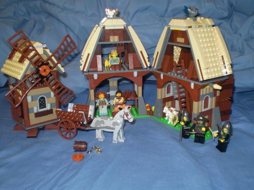 Amazon.com: LEGO Castle Mill Village Raid 7189: Toys & Games.