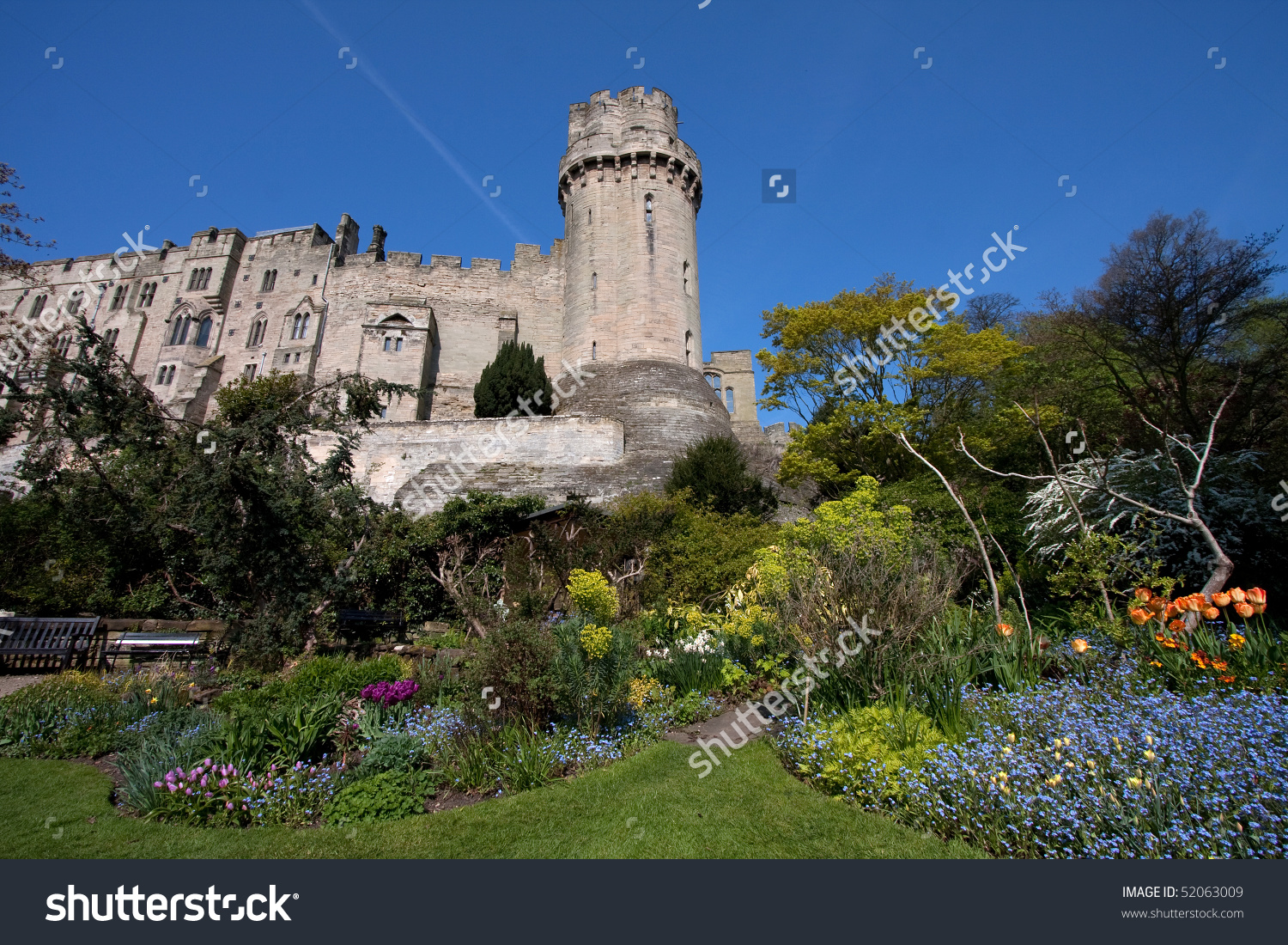 Warwick Castle And The Mill Garden In Spring England Uk Stock.