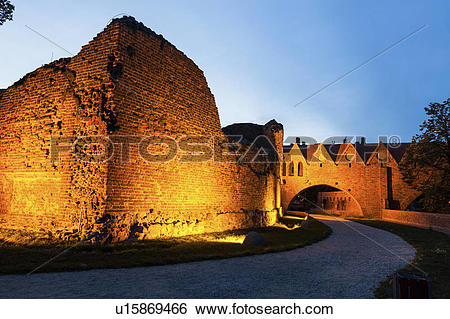 Stock Images of Ruins of the Teutonic Knights castle in Torun.
