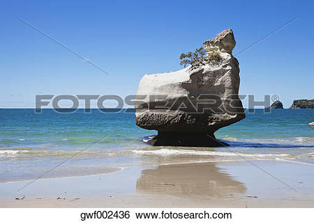 Stock Images of New Zealand, Coromandel Peninsula, Cathedral Cove.