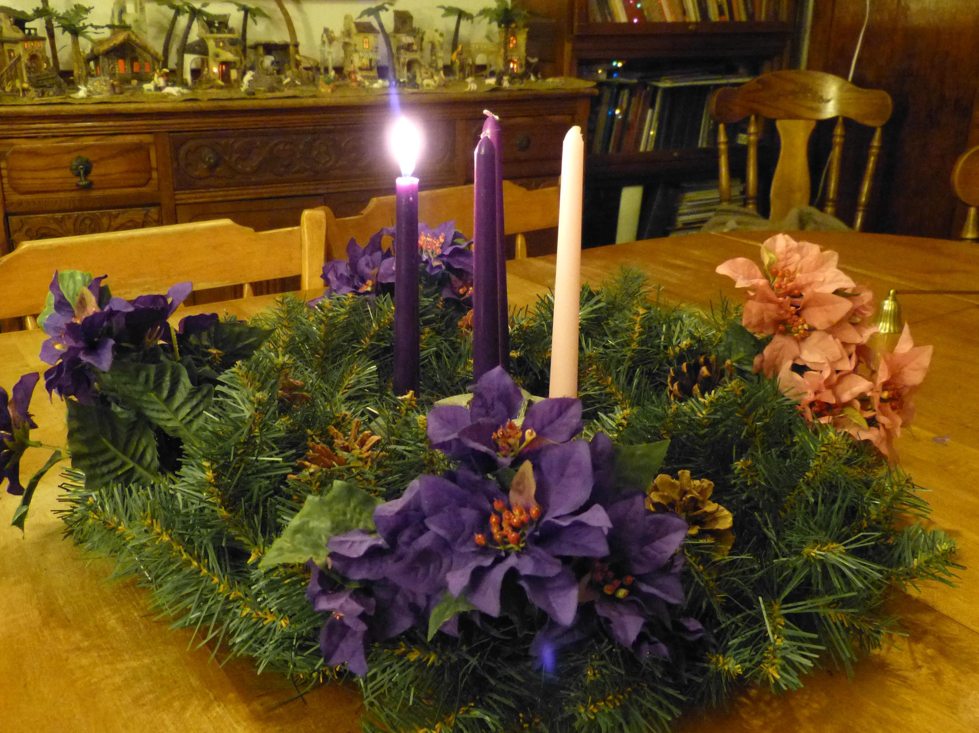 Roman Catholic Advent Season: Four Joyful Weeks Before Christmas!.