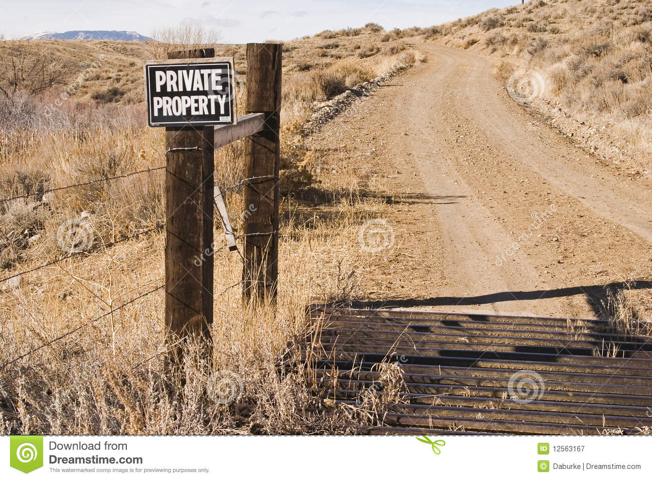 Private Property Sign And Cattle Guard Along Road Royalty Free.