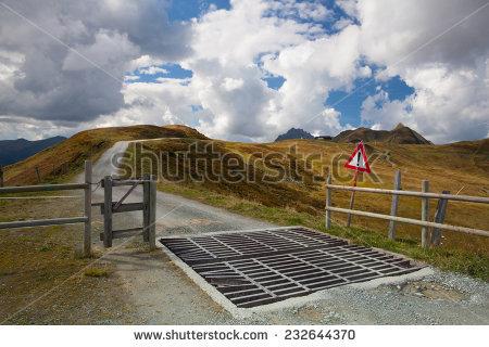 Cattle Guard Stock fotos, billeder til fri afbenyttelse og.