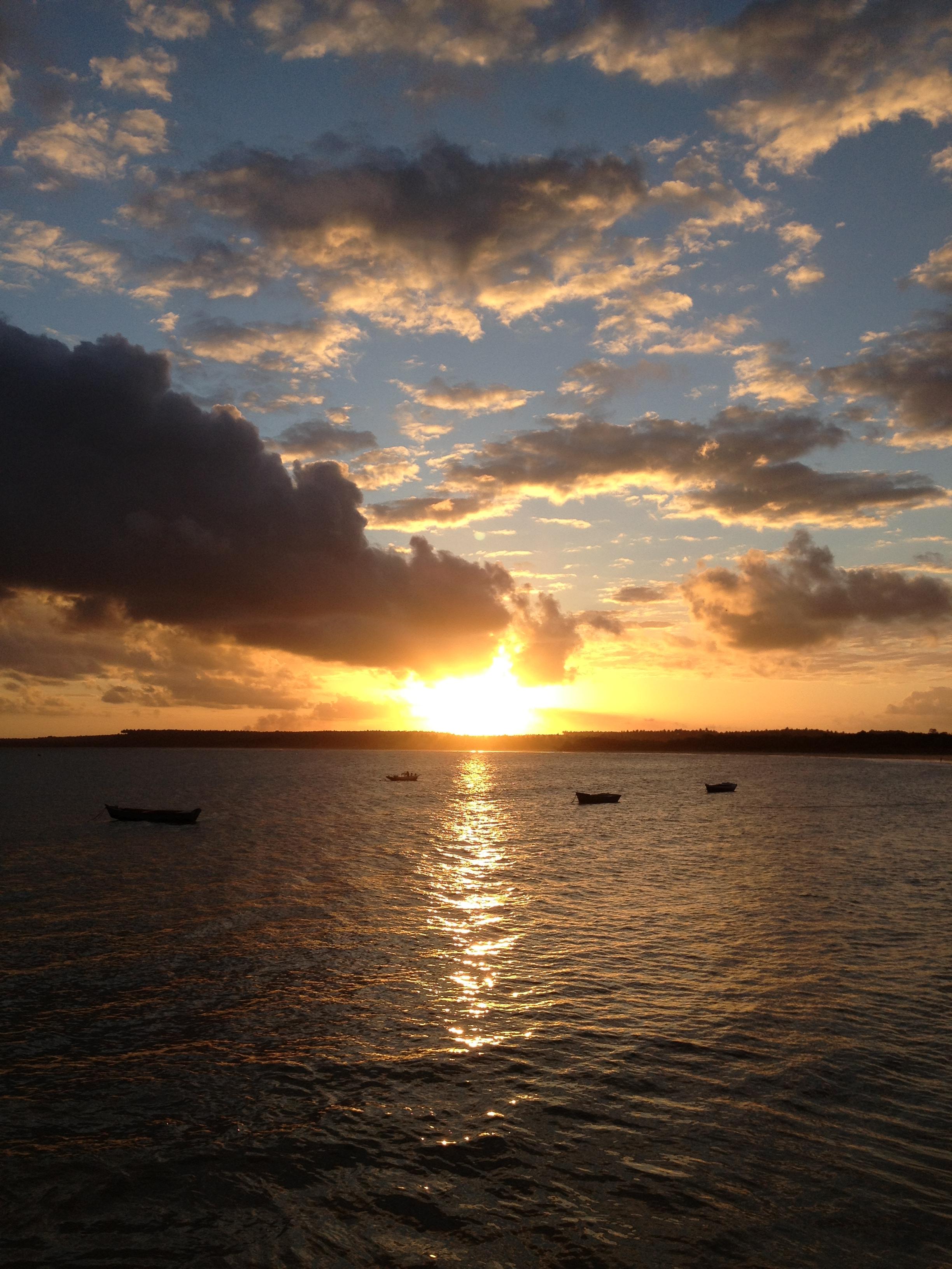 File:Pôr do sol em Pontal do Coruripe.JPG.