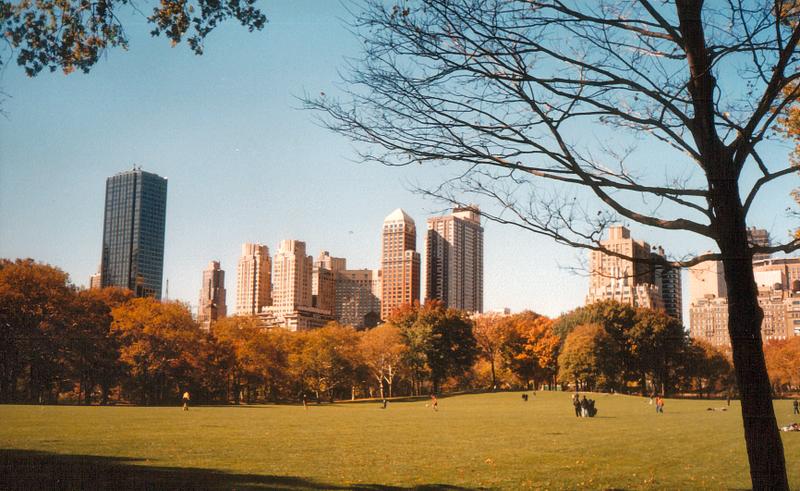 ملف:Central Park, November 2001.png.