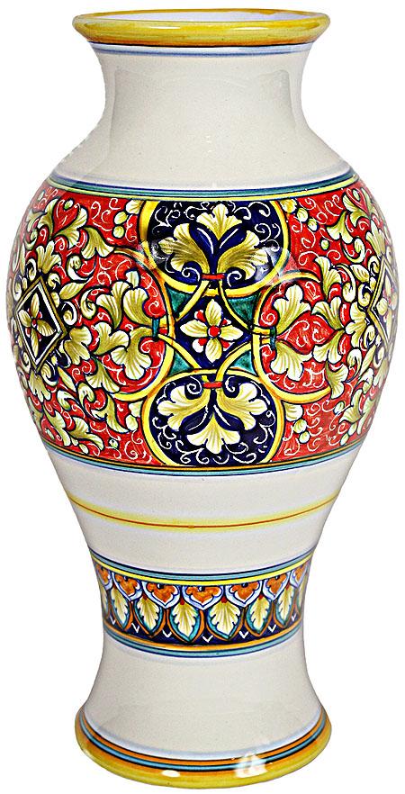 Deruta Italian Ceramic Vase.